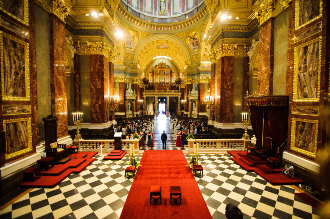 Wedding-Saint-Stephen's-Basilica-Budapest