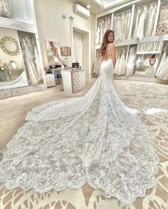 Alessandra Rinaudo wedding dress on bride in Budapest bridal salon