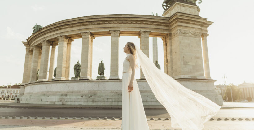 Bride standing at Heroes' Square