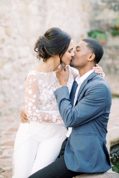 Couple embracing Dream Weddings Budapest blog